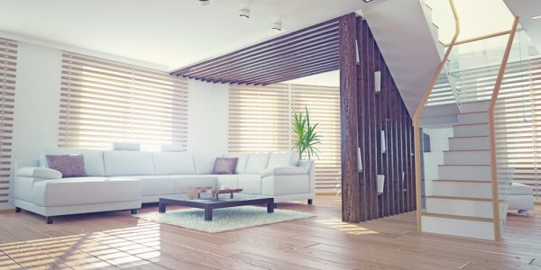 Piękna-roleta-i-stylowa-donica-idealny-dekoracja-okna